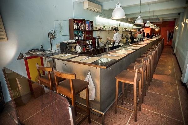 os melhores restaurantes em Montevideo - Estrecho