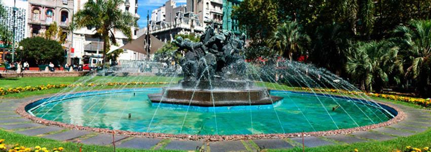 Plaza Fabini ou Plaza del Entrevero - Montevidéu   Uruguai