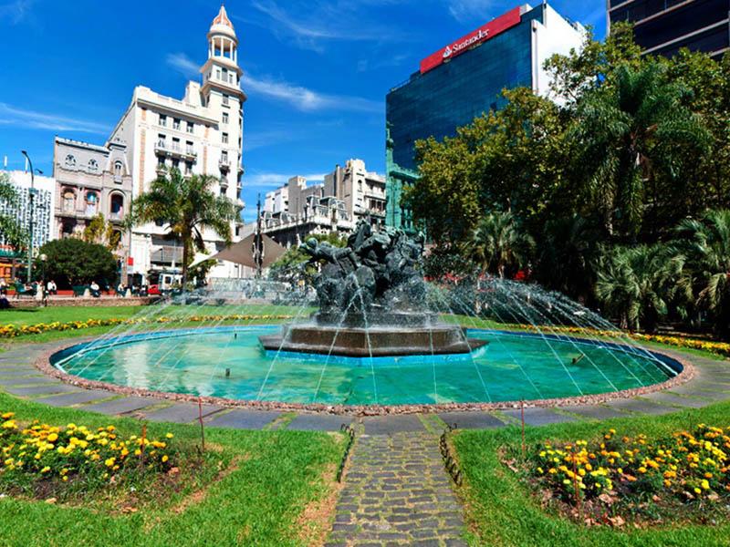 Plaza Fabini / Plaza del Entrevero