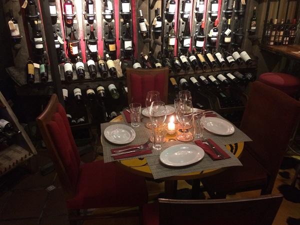 Vinícolas no Uruguai Barolo Wine bar Montevideo