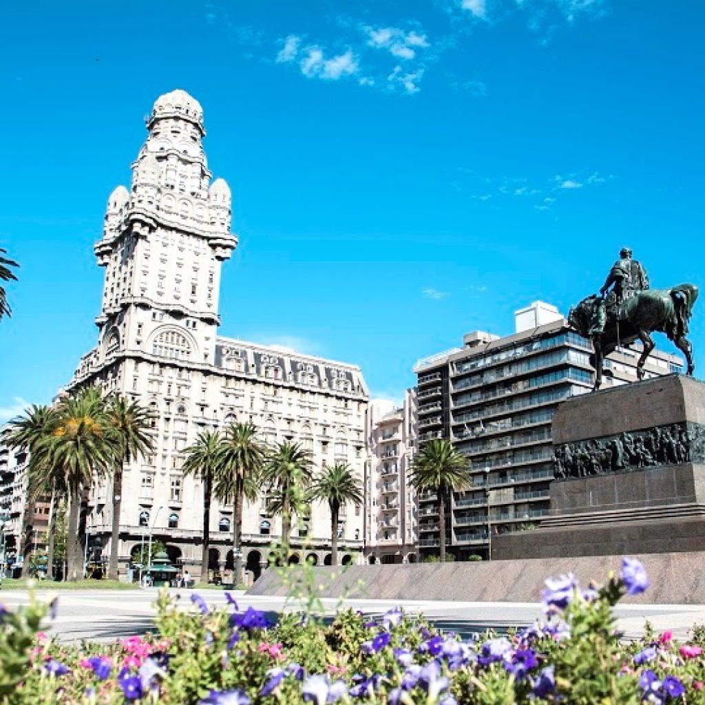 Pacotes no Uruguai